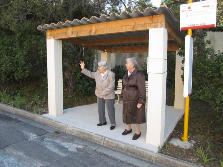 Transport en commun du centre ville d 39 aix en provence vers - Bureau de poste la rotonde aix en provence ...